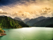 Lakes in Xinjiang, China - Photography by Roberta Cucchiaro